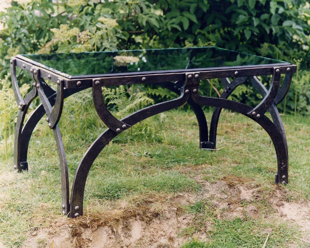 celtic-coffee-table