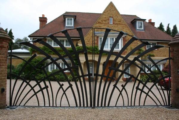 thursley-surrey-gate